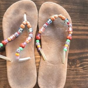 Victoria Secret beachy flip flops